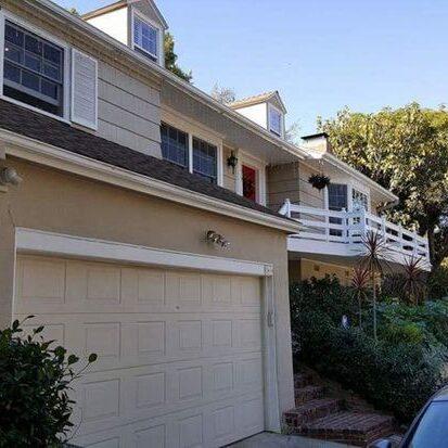 Single Family Residence N Knoll, Lake Hollywood