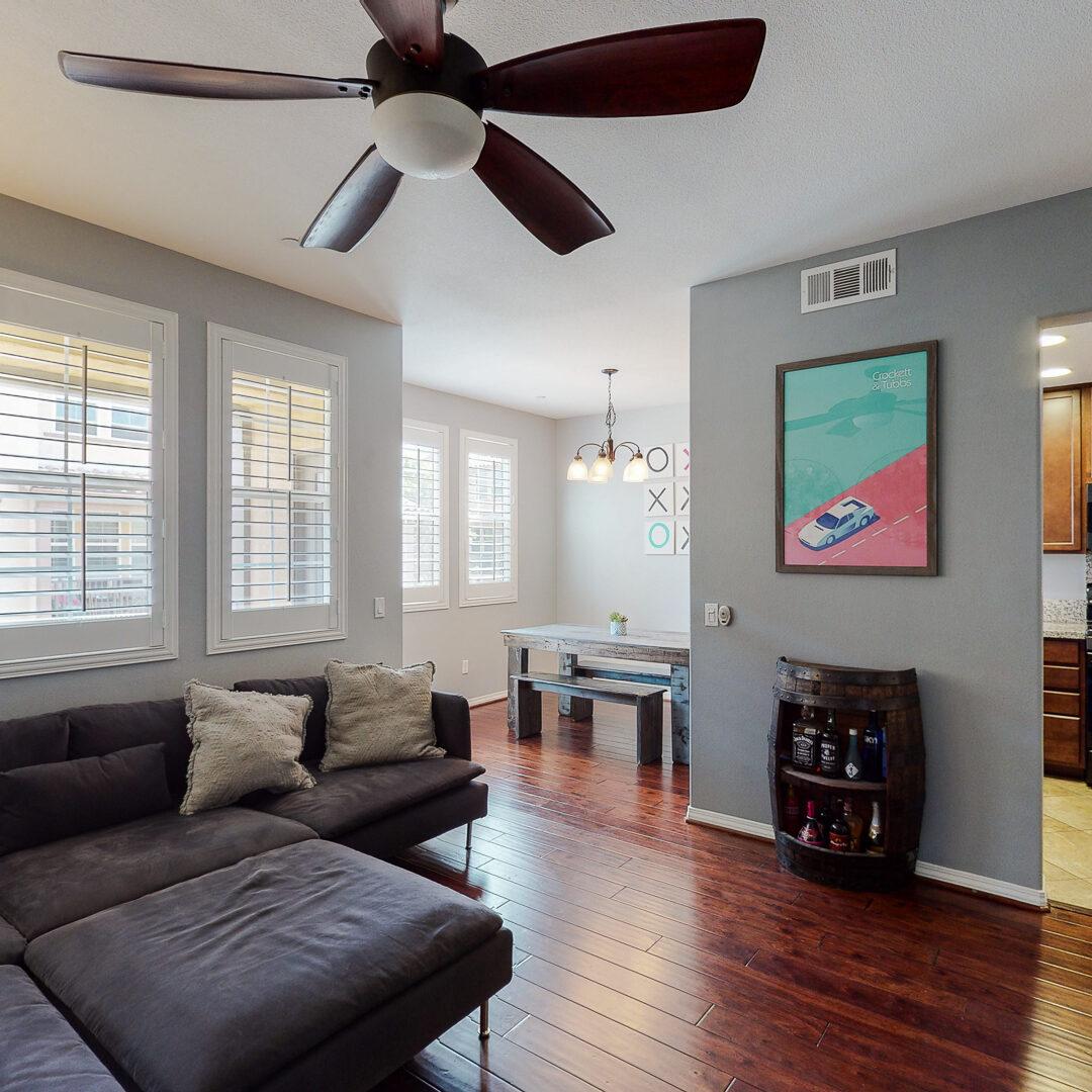 Single Family House Herrerast Valencia CA