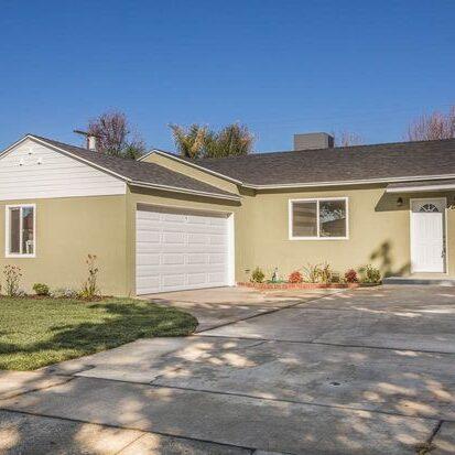 Single Family Residence Lemay Place Lake Balboa CA