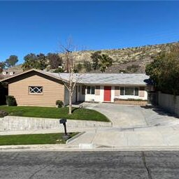 Single Family House Merryhill Canyon Country CA